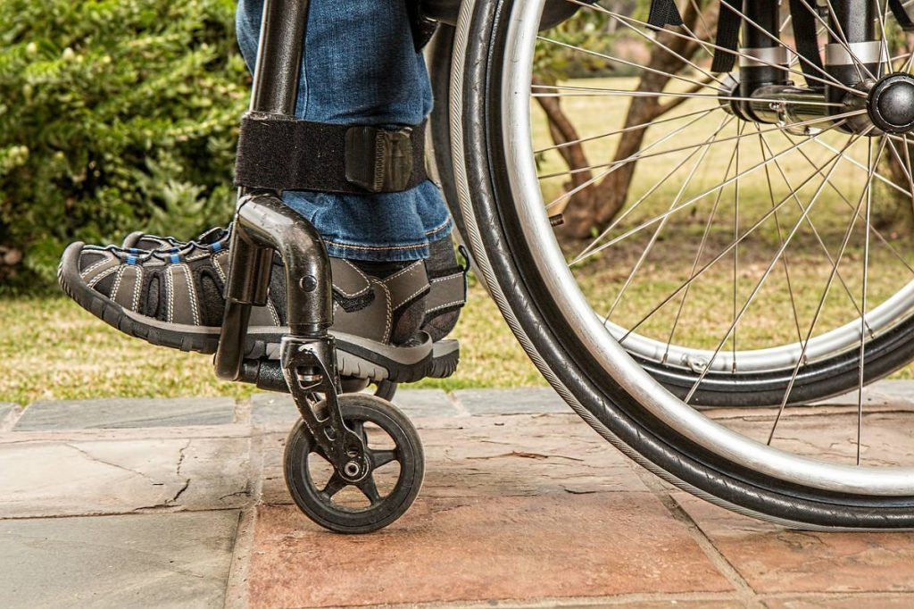 ذوي الاحتياجات الخاصة: مصابيح أمل تنير دروب الأصحاء