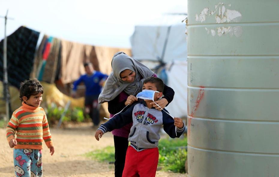 قلق دولي من تفشي كورونا في مخيمات اللجوء