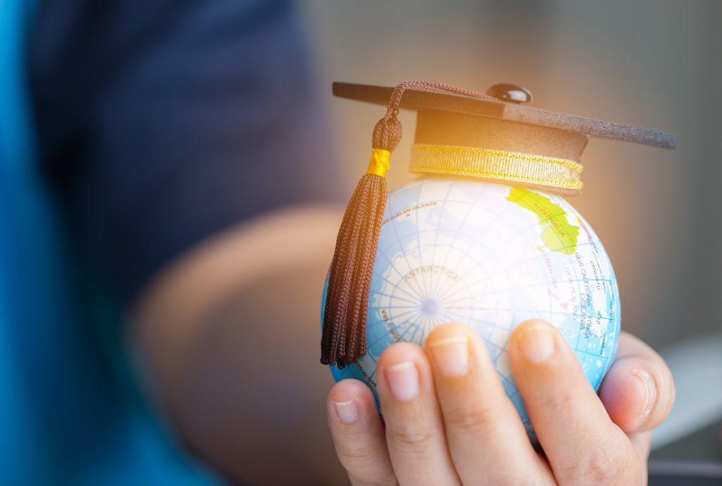 10 فوائد للتعليم وتأثيرها على الأفراد والمجتمعات في الدول النامية